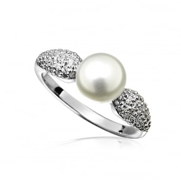 Silver & CZ Pearl Ring Size L